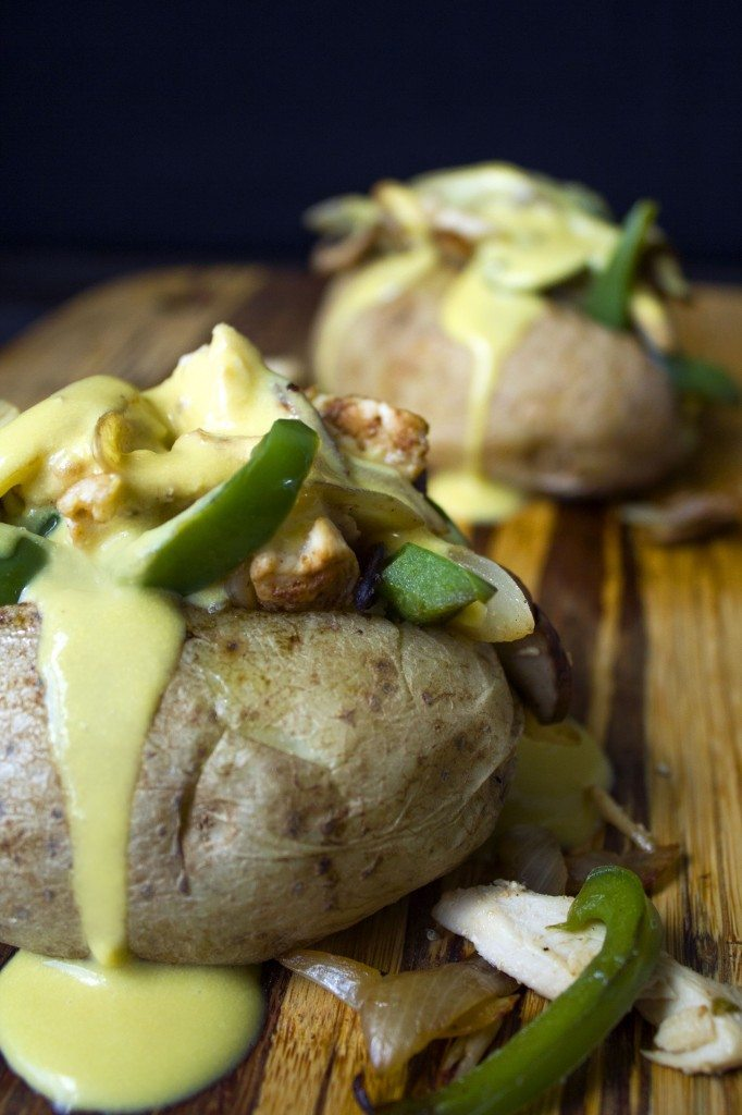 Cheesy Chicken Philly Stuffed Baked Potatoes | Wifemamafoodie