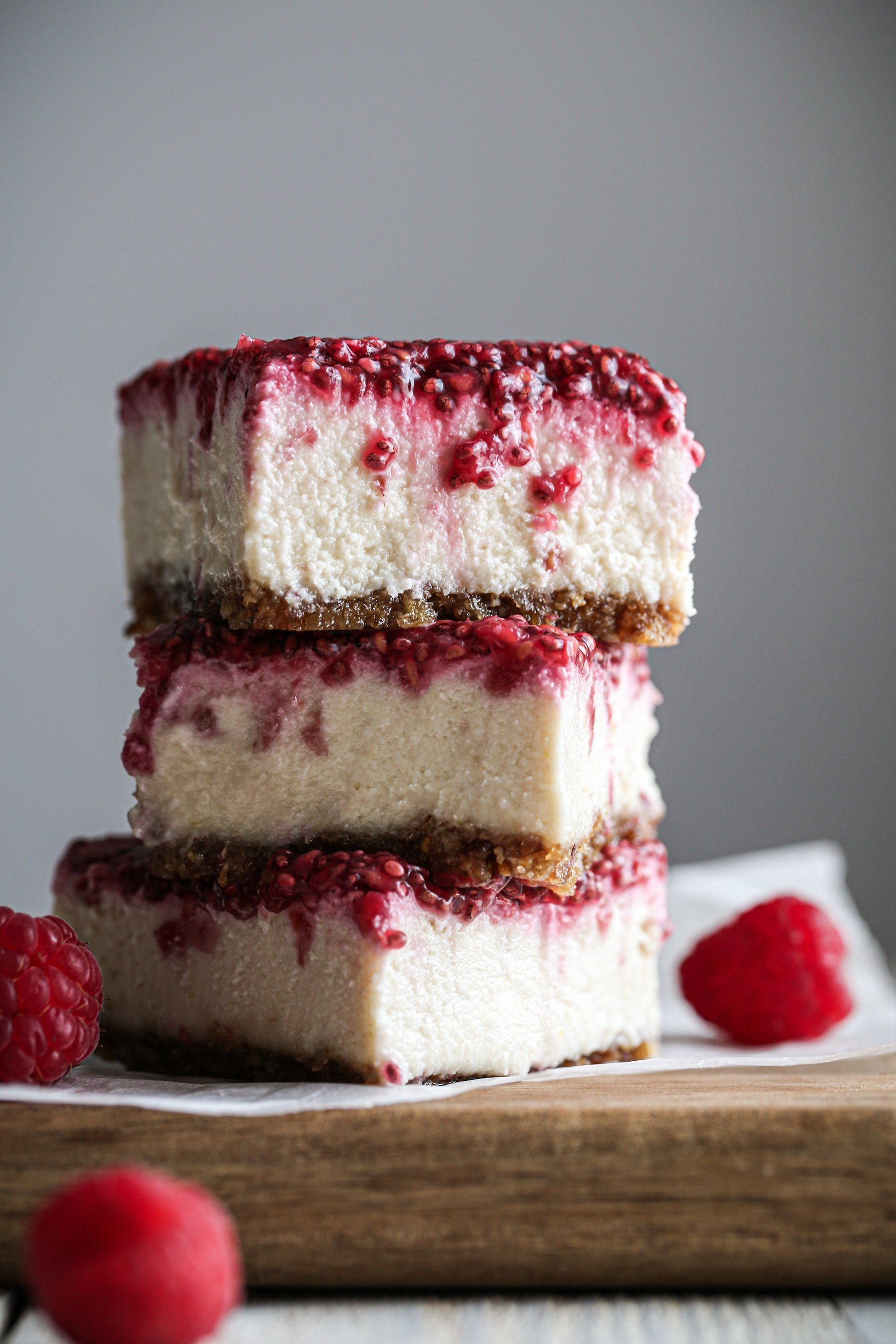 Vegan Lemon Raspberry No-Bake Bars | Gluten, dairy, and refined sugar free