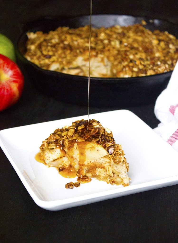 Apple Crisp French Toast Bake | Refined sugar free. Can be adapted to be gluten and dairy free too.
