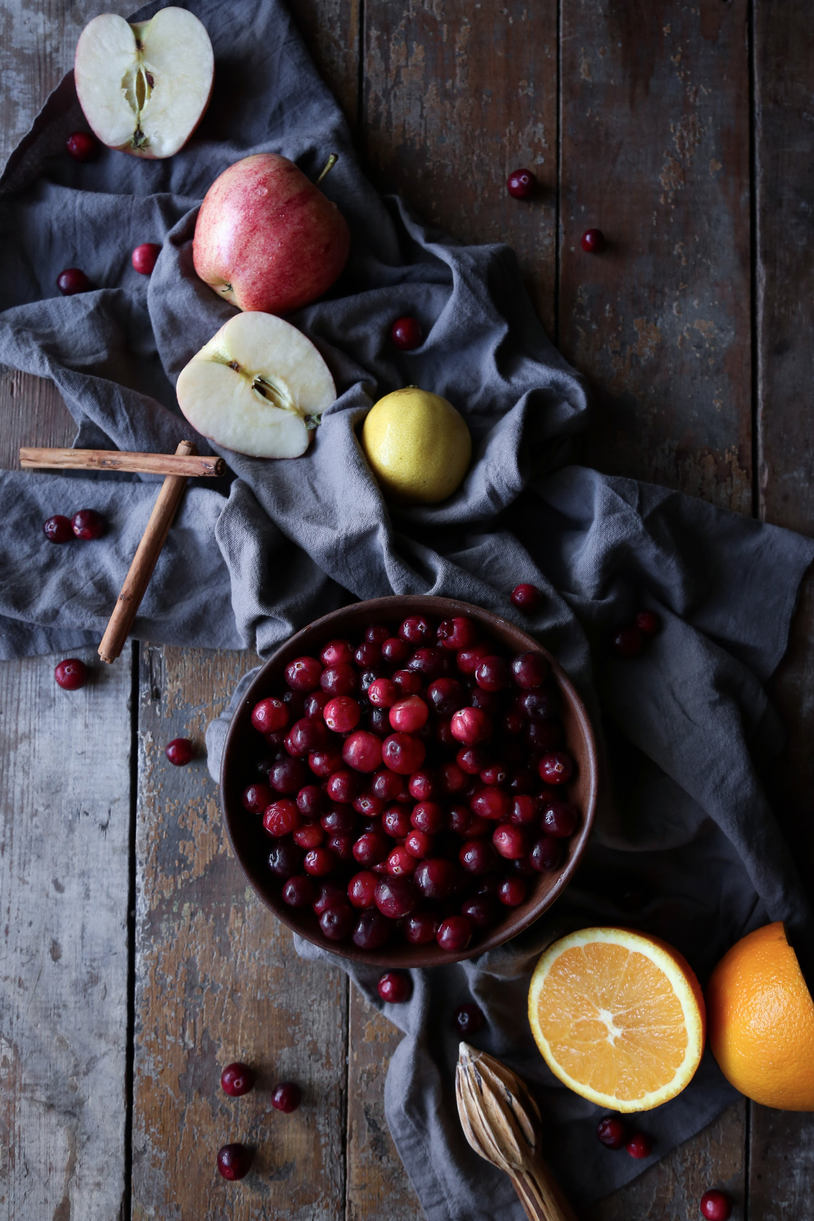 Healthy Cranberry-Apple Compote | Refined Sugar-Free. Vegan/Paleo friendly.