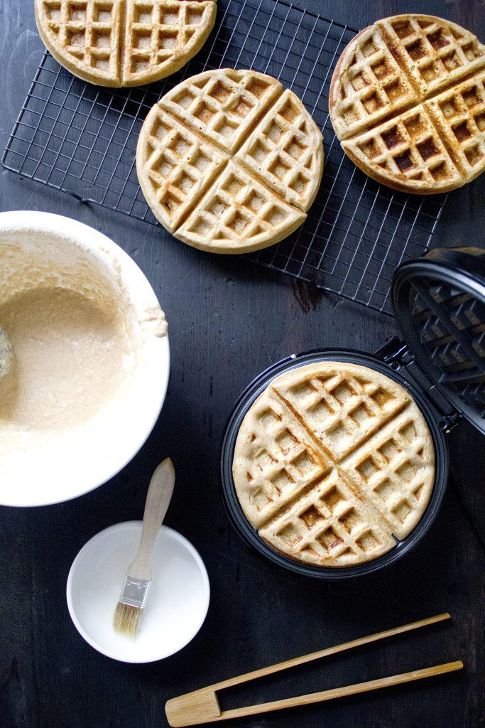 Apple-Cinnamon Waffles | gluten, dairy, and refined sugar free!