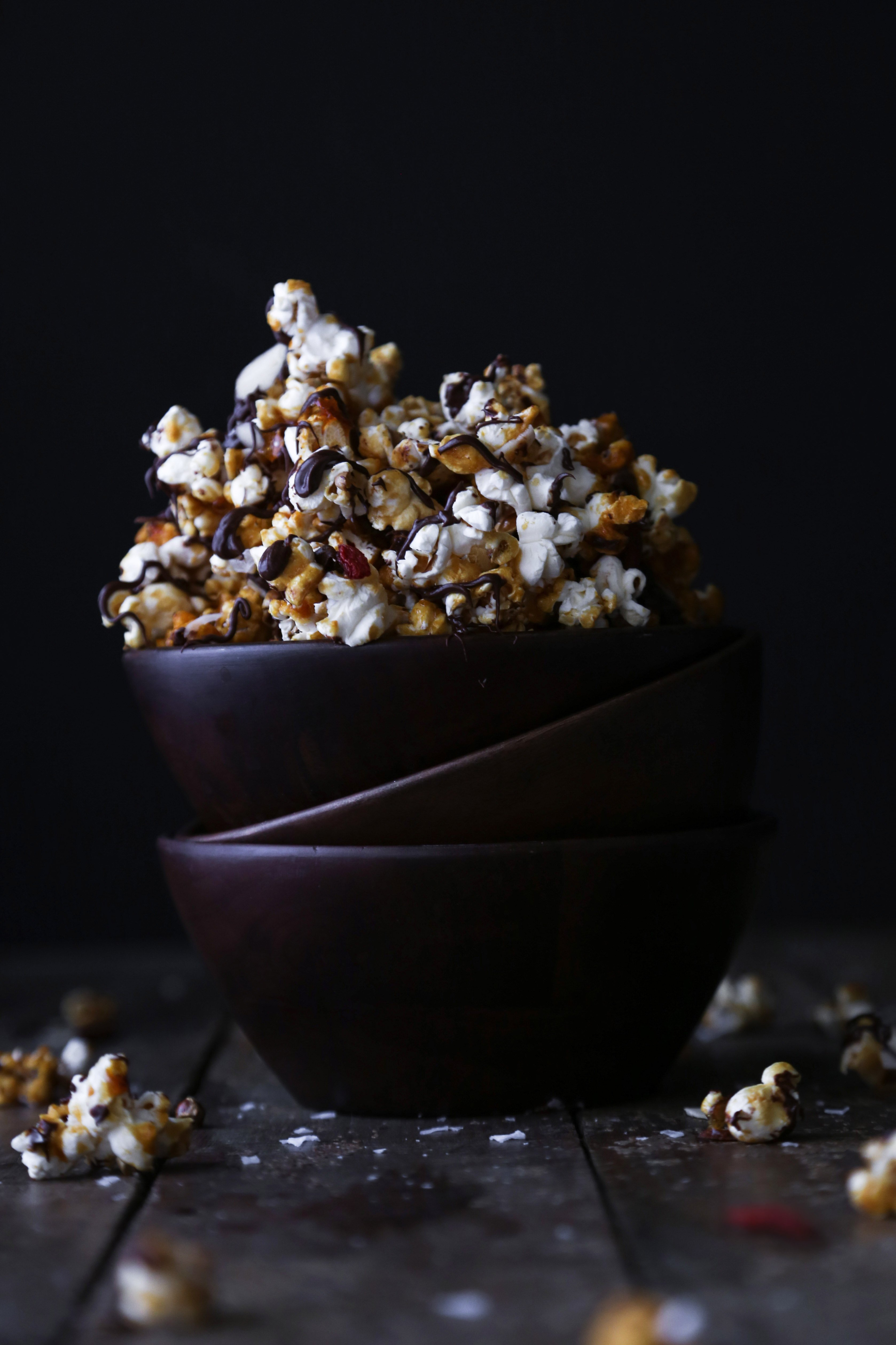 Salted Caramel and Chocolate Popcorn Clusters | Dairy and refined sugar free
