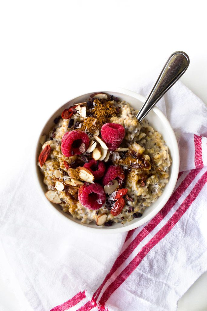 Creamy Steel Cut Oatmeal With Chia | Wifemamafoodie