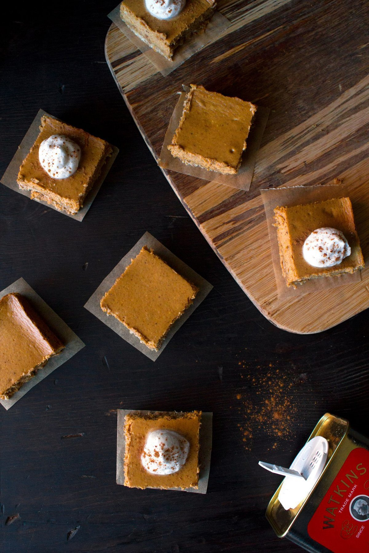 Pumpkin Cheesecake Bars with Oatmeal Crust