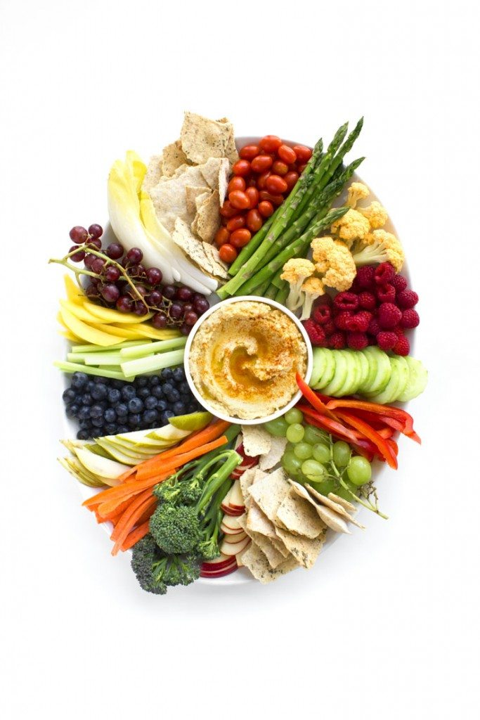 Simple Crudités Platter Homemade Hummus | This fresh, seasonal fruit and veggie platter takes less than 30 minutes to put together!