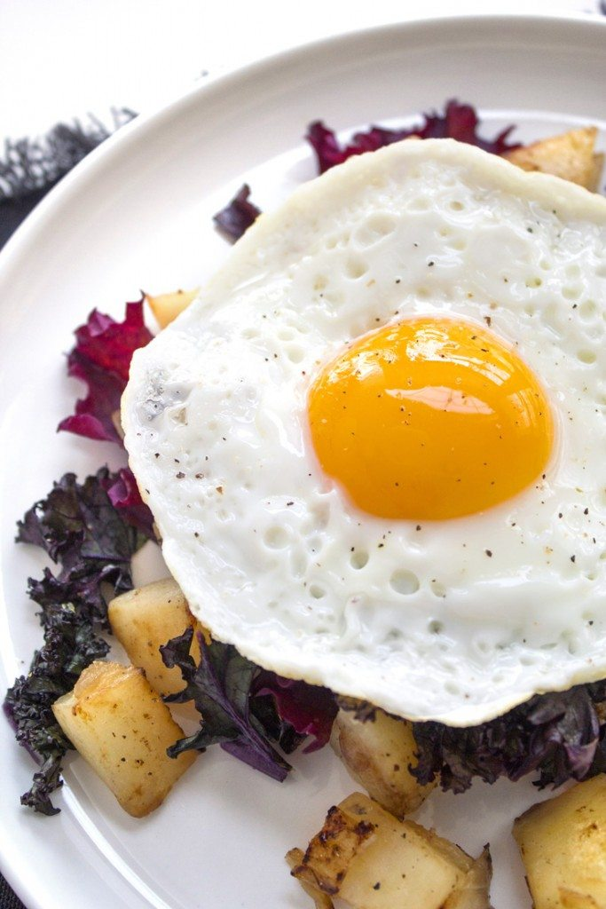 Kale & Potato Breakfast Hash | Only 5 ingredients! Paleo, Whole30, grain, gluten, and dairy-free