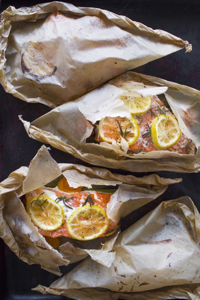 Salmon and Vegetables en Papillote (in parchment) | Low-carb, paleo, whole 30, gluten and grain free.