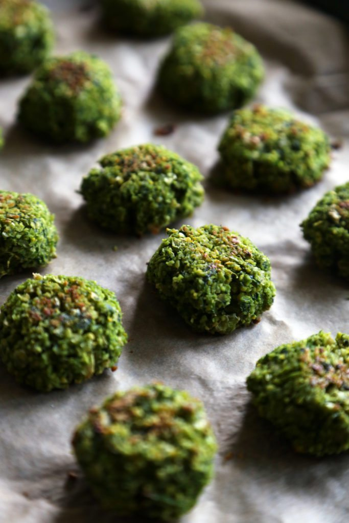 Baked Green Falafel Pita Sandwich   A delicious vegetarian, vegan, and dairy-free meal!