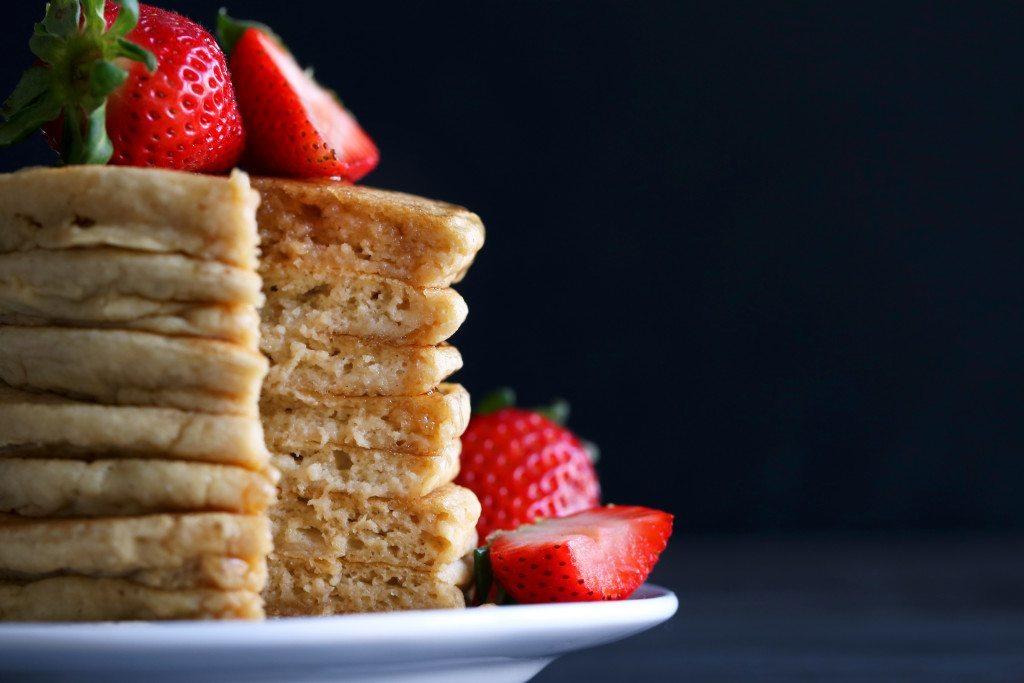 Fluffy Gluten-Free Pancakes & DIY | Free of Gluten, Dairy, and Refined Sugar.
