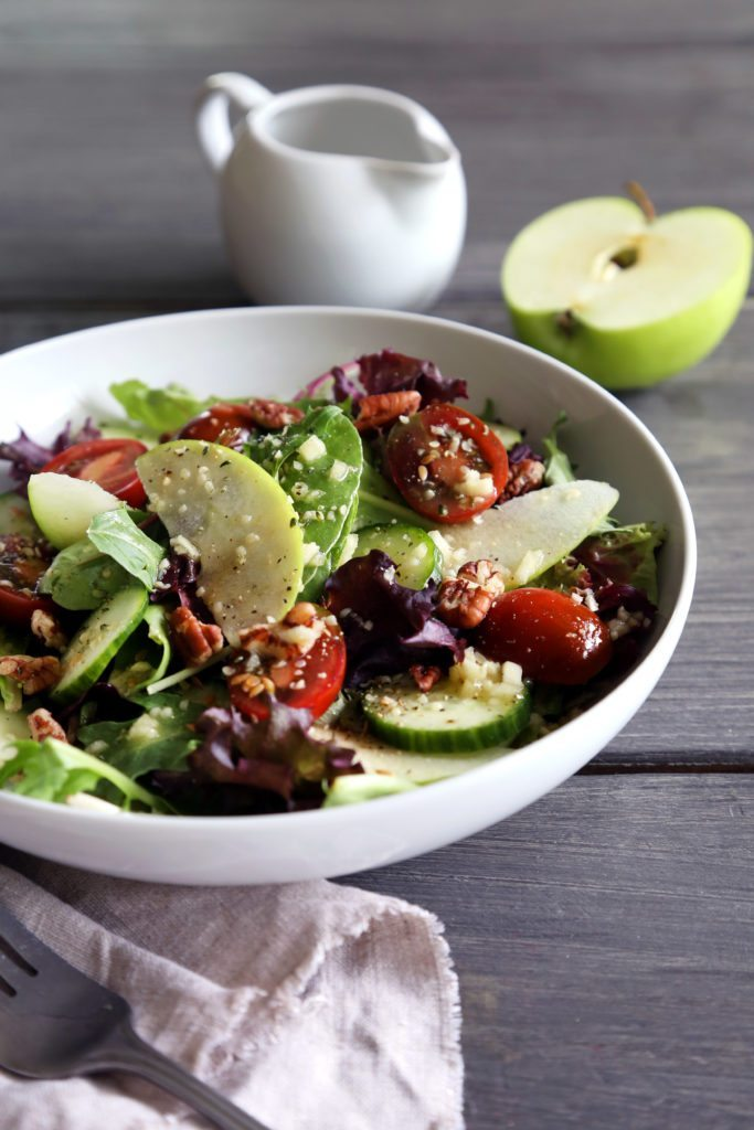 Mixed Greens with Veggies, Apples & an Apple Cider Vinaigrette