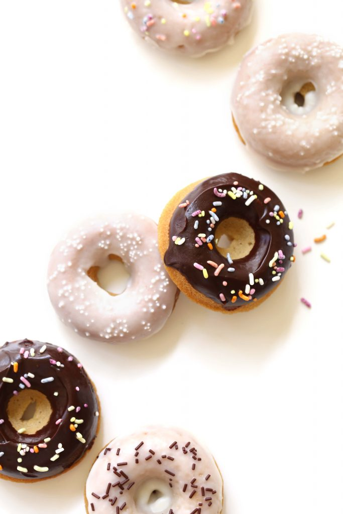Blood Orange Poppy Seed Doughnuts | Vegan and gluten-free option included!