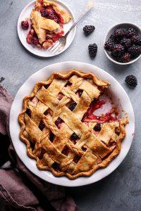 Simple Apple-Blackberry Pie