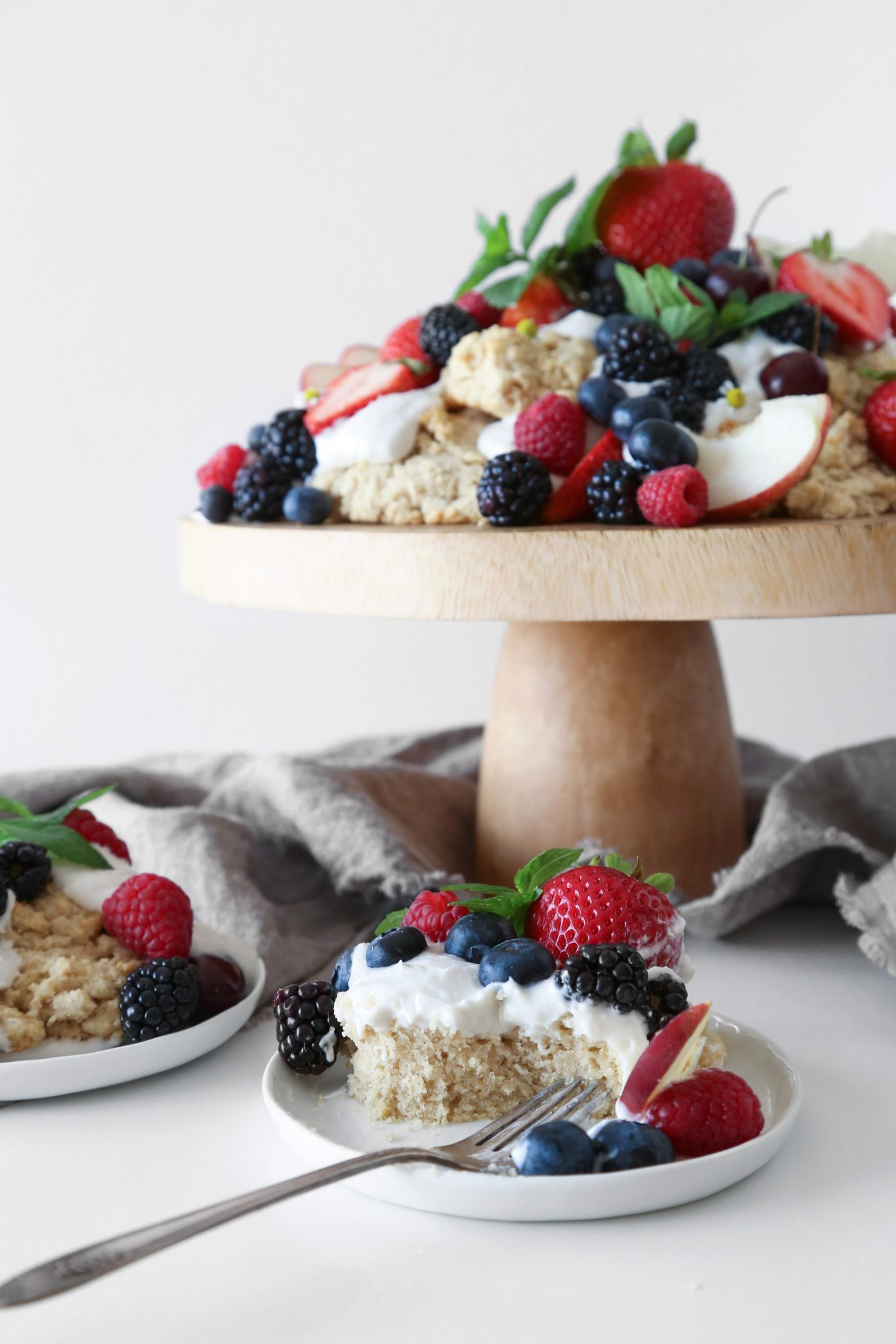 Oat Shortcakes with Summer Fruit | Wife Mama Foodie