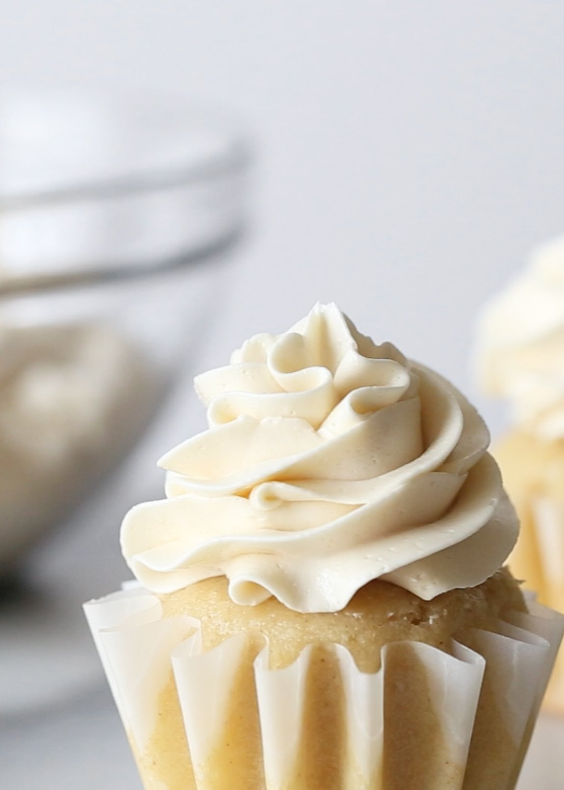 Naturally Sweetened Swiss Meringue Buttercream | Wife Mama Foodie
