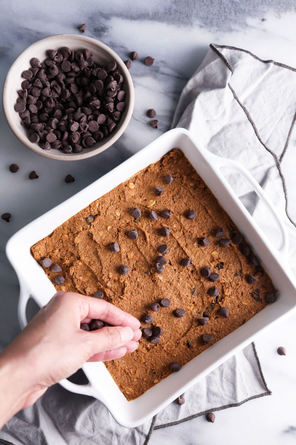 Pumpkin Chocolate Chip Oat Bars—Dairy, egg, gluten, and refined sugar free   Wife Mama Foodie