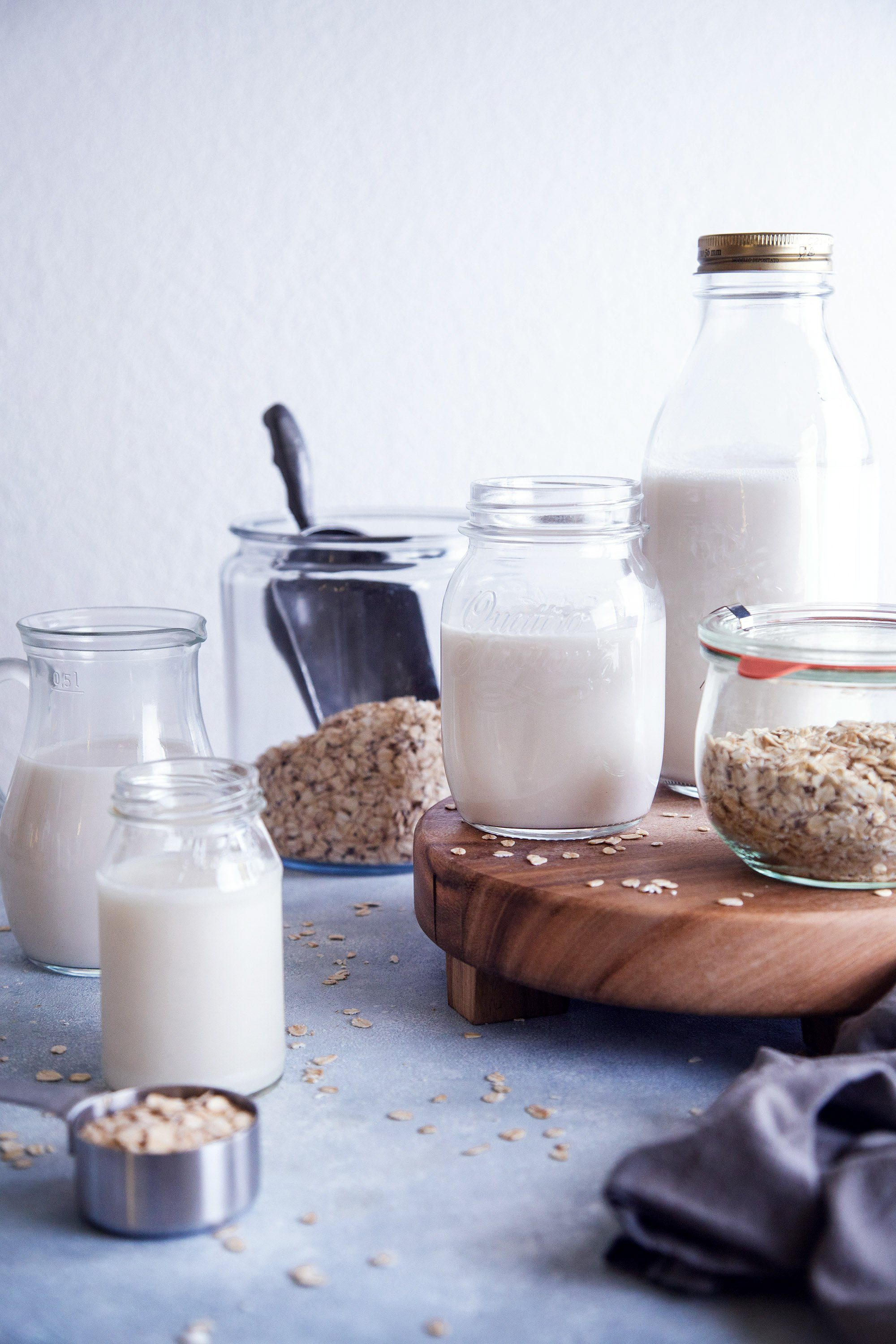 Homemade Oat Milk | Vegan Friendly, Free of Dairy, Gluten, ad Refined Sugar