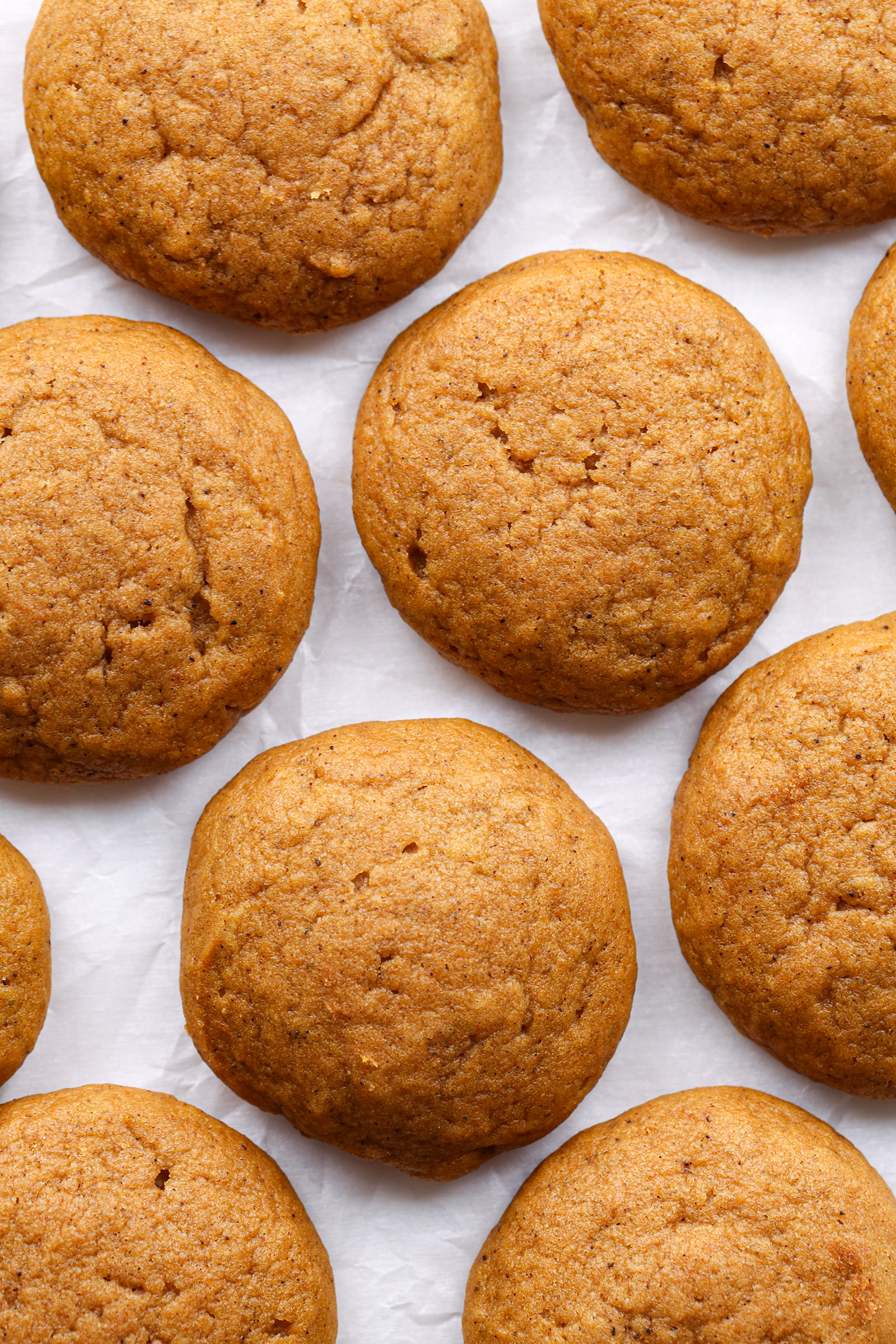Chai-Spiced Pumpkin Cookies | Vegan friendly with gluten free and refined sugar free options.