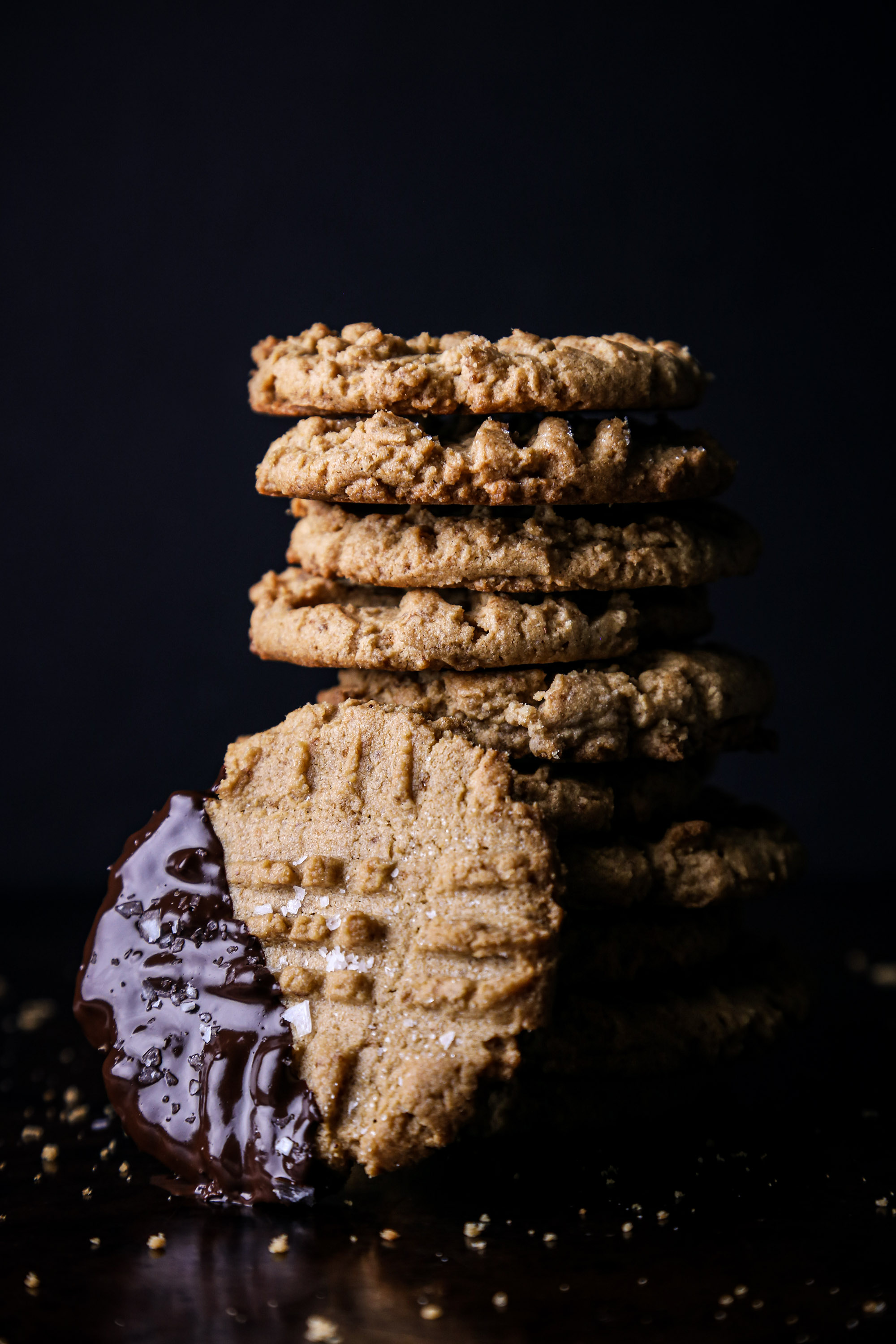 Simple Peanut Butter Cookies | Vegan with gluten free and refined sugar free option.